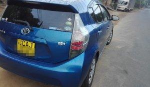 rent-a-car-kandy-toyota-aqua-3