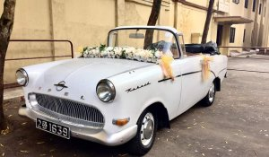Classic-wedding-cars-in-kandy-opel-4