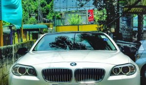 Luxury-wedding-cars-in-kandy-bmw-520d-5-series-3