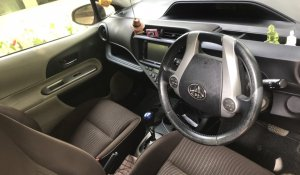 rent-a-car-sri-lanka-cheap-aqua-4
