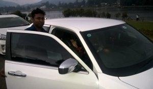 Bentley-Chrystler-Kandy-Cars-2